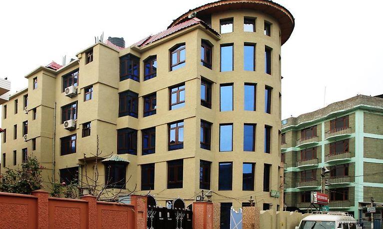 Hotel Centre Point Srinagar
